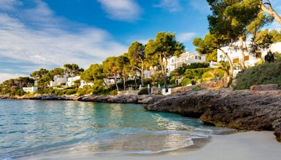 Spain refutes reports that holidaymakers will be unable to visit this summer