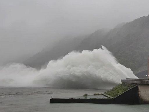 烟花助攻!德基水庫蓄水率突破50% 鯉魚潭水庫差1米滿水位--上報