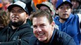 Extraña salida familiar: Tom Cruise y su hijo Connor fueron vistos en un partido de béisbol