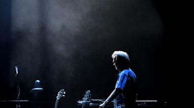 Eric Clapton joins Van Morrison's 'anti-lockdown' crusade. Twitter is not amused
