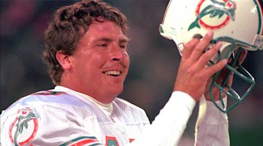 Dan Marino explains how Jim Carrey persuaded him to do 'Ace Ventura: Pet Detective'