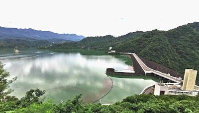 遊客爭睹大湖美景 曾文水庫「好漢坡」秘境變熱點