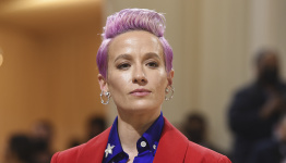 Megan Rapinoe, Sue Bird among 500-plus athletes formally urging Supreme Court to protect abortion rights