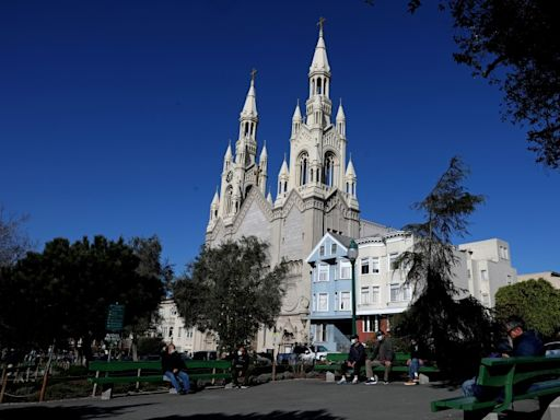 Priest at Bay Area Catholic church that flouted public health orders dies of COVID-19