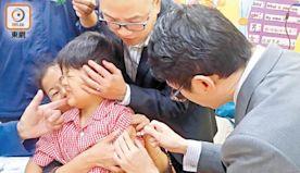 港谷針  稱復必泰輕微副作用  門檻勢降至5歲童