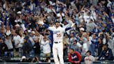 Bellinger blast rescues Dodgers, Astros tie series