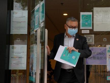 信報即時新聞 -- 188萬人接種首劑疫苗