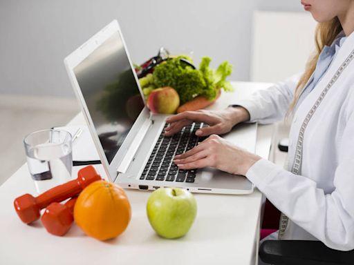 健康網》居家防疫「168斷食」好煎熬! 營養師大推「1410輕斷食法」 - 防疫新「食」代 跟著專家吃出健康 - 自由健康網