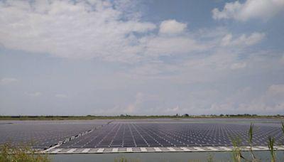 嘉義溪墘滯洪池太陽能發電設施 (圖)