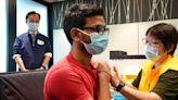 信報即時新聞 -- 疫苗外展隊首發 近180名德勤員工打復必泰