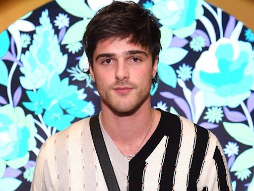 Jacob Elordi On His ''Incredible'' Time Working With Ben Affleck and Ana de Armas in Deep Water