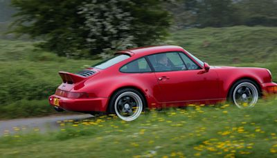 The Everrati Signature Takes the Air-Cooled Porsche 911 Electric
