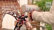 用樂高製作的乾洗手機器人!