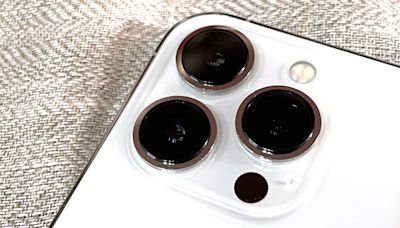 iPhone 13 Pro 的三鏡相機測試及電影模式 | 香港 |