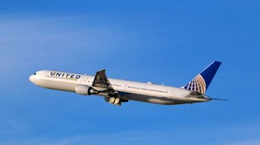 Coronavirus: United Airlines sued by passenger for refusing to refund cancelled flights