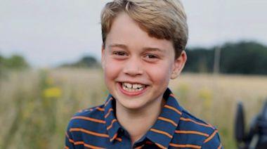 喬治小王子八歲了!慶生萌照曝光「藏洋蔥」思念菲利普親王 - 自由電子報iStyle時尚美妝頻道