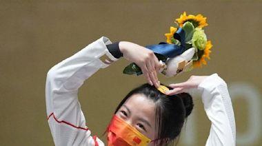 能讓清華學霸、奧運「雙金」得主楊倩崇拜,白敬亭是有多優秀?
