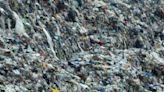 Pandemia arroja a más niños a trabajo en basurero de Oaxaca