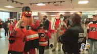 Flyers Fans Return To Packed Wells Fargo Center For First Time In More Than 500 Days