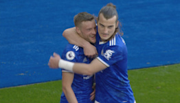 Vardy gets Leicester back in front of Man United