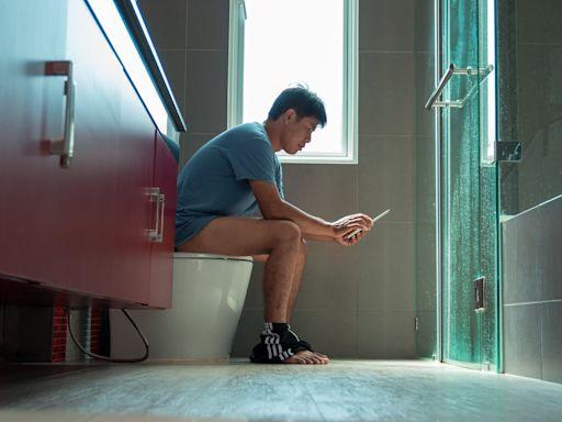 爸爸不是在廁所就是在去廁所的路上 網友:馬桶會吃掉男人卡撐阿~ | 蘋果新聞網 | 蘋果日報