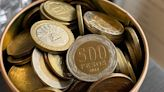 Las monedas escasean en el país, pese a que se han acuñado más... ¿qué pasa con los billetes? - La Tercera