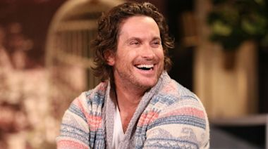 Oliver Hudson Thought His Life Was 'Ruined' After Getting Botox That Made Him Look Like a 'Villain'