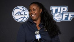 Ivey, Notre Dame relish role as women's basketball underdog