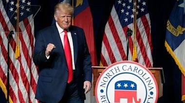 特朗普回歸 「我非常期待2024年」 特朗普為共和黨中期選舉造勢 促向中國索償   蘋果日報