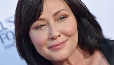 Shannen Doherty goes makeup-free in new photo with an important message
