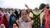 Besieged Kashmiri neighbourhood in test of wills with Modi