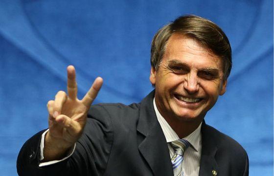 """Jair Bolsonaro: """"Os gays não são semideuses. A maioria é ..."""