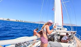 SLOW TV - ( 2+ hrs) Sailing into Canary Islands and docking! SV Delos