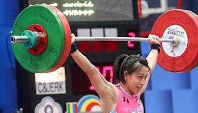全運會舉重64公斤級 郭婞淳三破大會奪金