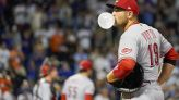 Votto inches from HR record, Báez helps Mets rally past Reds