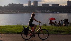 This Summer: Bike the length of Manhattan