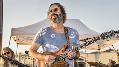 Bob Weir, Steve Earle, Shooter Jennings Cover the Songs of Neal Casal on New Tribute Box Set