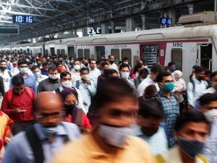 信報財富管理-- 印度嚴峻疫情 私企更顯靈活