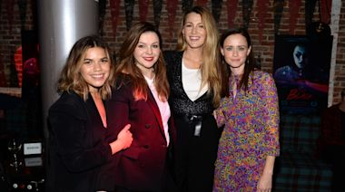 How 'Sisterhood of the Traveling Pants' Costars 'Support' Each Other as Moms
