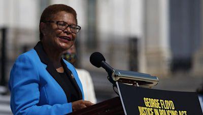 Rep. Karen Bass makes it official: 'I'm running for mayor'