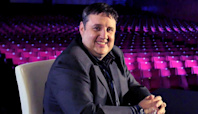 Peter Kay: Comic announces charity return for cancer patient