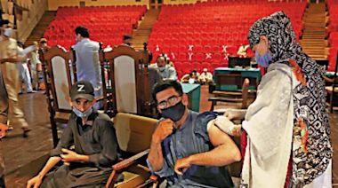 巴基斯坦強制公務員打針 違者停薪