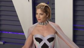 Selma Blair Just Posted A New Video Of Herself Walking With The Help Of Leg Braces
