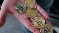 Crypto market cap loss touches near $1 trillion