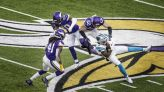 Vikings' timely defensive stops keep playoff hopes alive