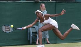 AP Was There: Serena beats Venus for 1st Wimbledon title