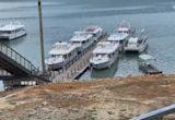 水位落差過大 日月潭引橋斷裂.船泡水