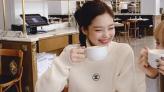 手袋是去cafe打卡的最佳道具|咖啡配手袋能拍出法式浪漫感覺|Charles & Keith、Mirta及Staud等品牌推薦