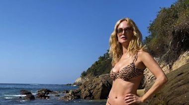 Heather Graham Shows Off Her Toned Figure in a Cheetah Print Bikini