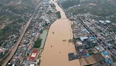 中國山西暴雨毀家園!官方急撥2億救災 中國網友一除哭了
